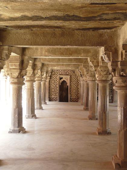Atala Masjid pillared hall